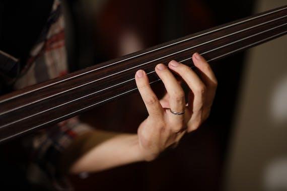 既婚者 指輪 ギター フリー素材